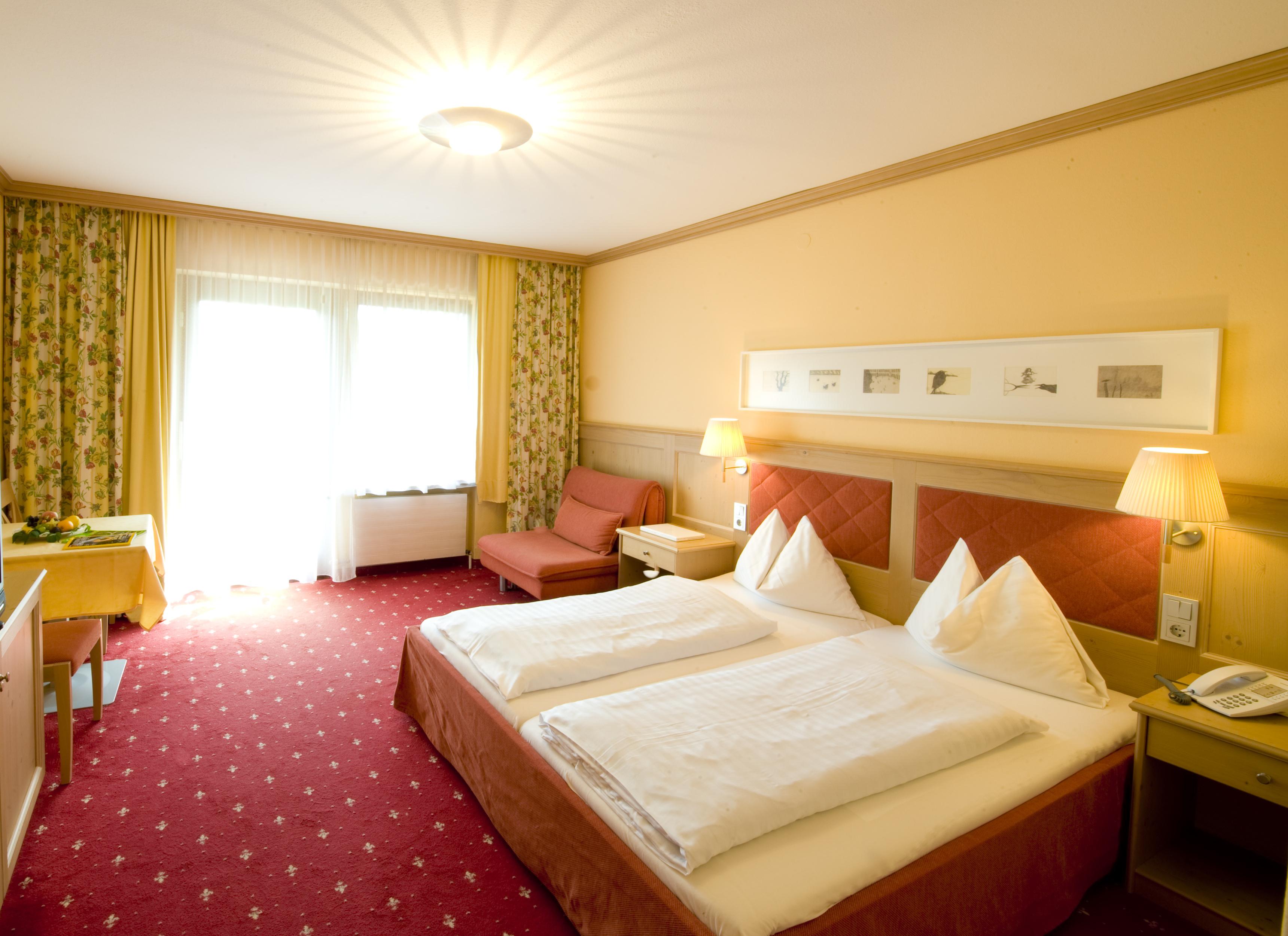 Doppelzimmer mit Badewanne